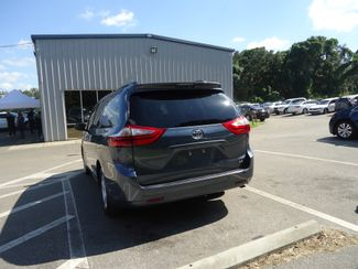2017 Toyota Sienna LE SEFFNER, Florida 12