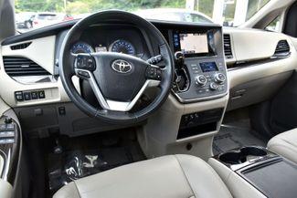 2017 Toyota Sienna XLE Premium Waterbury, Connecticut 11