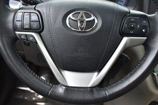 2017 Toyota Sienna XLE Premium Waterbury, Connecticut 26