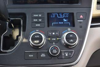 2017 Toyota Sienna XLE Premium Waterbury, Connecticut 30