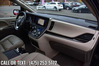 2017 Toyota Sienna XLE Premium Waterbury, Connecticut 20