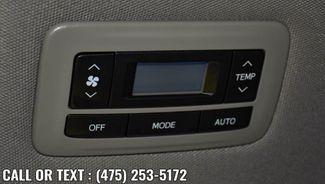 2017 Toyota Sienna XLE Premium Waterbury, Connecticut 25