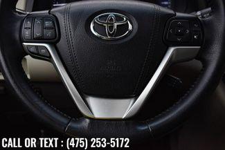 2017 Toyota Sienna XLE Premium Waterbury, Connecticut 28
