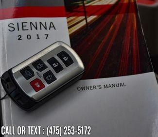 2017 Toyota Sienna XLE Premium Waterbury, Connecticut 36