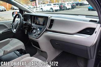 2017 Toyota Sienna LE Waterbury, Connecticut 19
