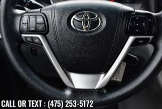 2017 Toyota Sienna LE Waterbury, Connecticut 25