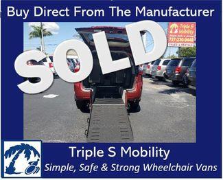 2017 Toyota Sienna Xle Wheelchair Van Handicap Ramp Van Pinellas Park, Florida