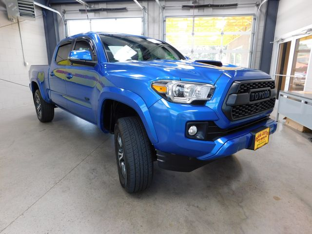 2017 Toyota Tacoma TRD Sport in Airport Motor Mile ( Metro Knoxville ), TN 37777