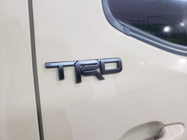 2017 Toyota Tacoma TRD Sport in Dickinson, ND 58601