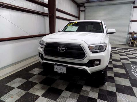 2017 Toyota Tacoma 4WD SR5 - Ledet's Auto Sales Gonzales_state_zip in Gonzales, Louisiana