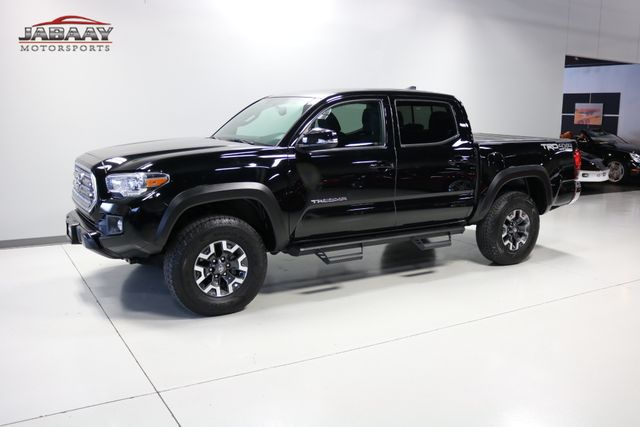 2017 Toyota Tacoma TRD Off Road Merrillville, Indiana 33