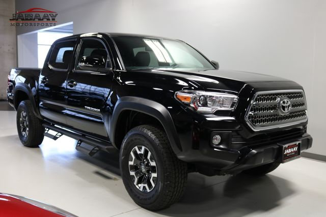 2017 Toyota Tacoma TRD Off Road Merrillville, Indiana 6