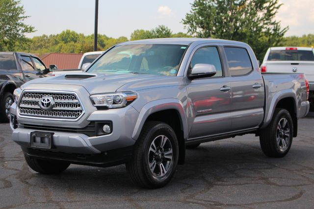 2017 Toyota Tacoma TRD Sport Double Cab 4x4 - NAVIGATION - TOW PKG! Mooresville , NC 23