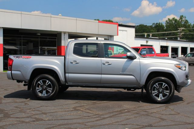 2017 Toyota Tacoma TRD Sport Double Cab 4x4 - NAVIGATION - TOW PKG! Mooresville , NC 13
