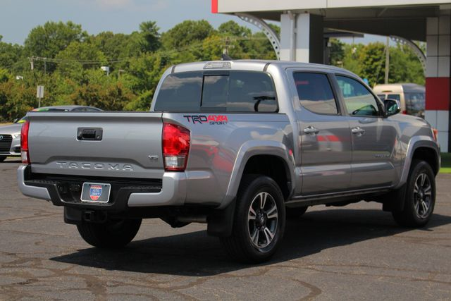 2017 Toyota Tacoma TRD Sport Double Cab 4x4 - NAVIGATION - TOW PKG! Mooresville , NC 24