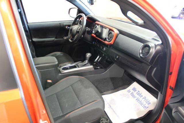 2017 Toyota Tacoma 4x4 TRD Sport in Roscoe IL, 61073
