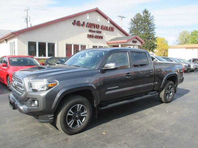 2017 Toyota Tacoma SR5 in Troy, NY 12182