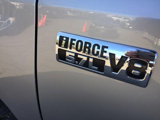 2017 Toyota Tundra 4x4 SR5 Boerne, Texas 13