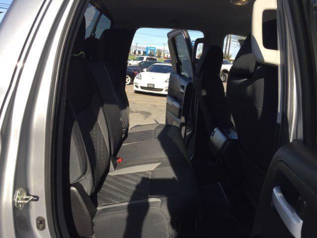 2017 Toyota Tundra 4x4 SR5 Boerne, Texas 16