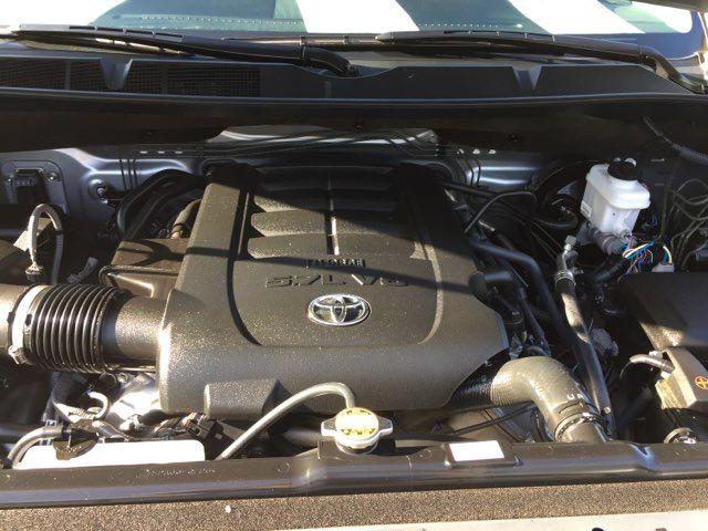 2017 Toyota Tundra 4x4 SR5 Boerne, Texas 37