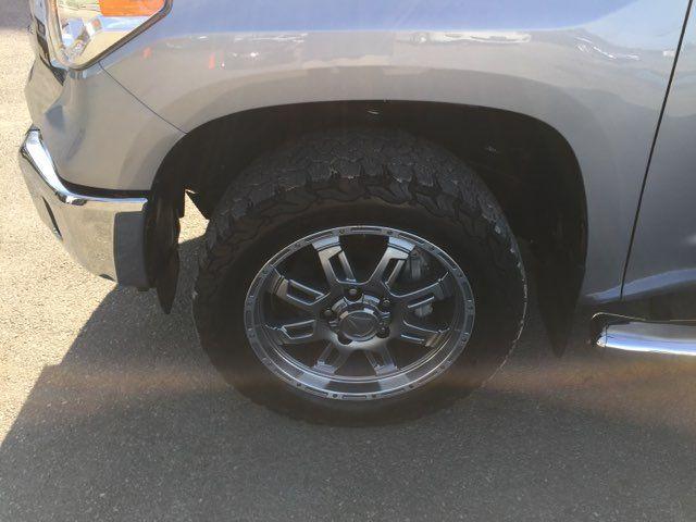 2017 Toyota Tundra 4x4 SR5 Boerne, Texas 40