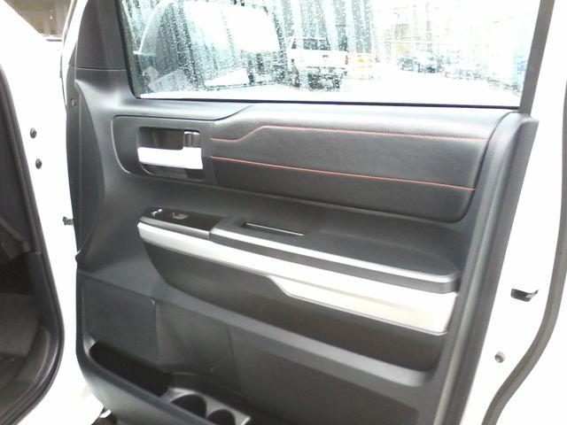 2017 Toyota Tundra TRD PRO  SR5 TRD PRO CREWMAX 4X4 Boerne, Texas 18