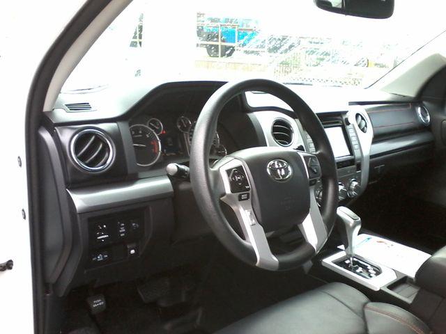 2017 Toyota Tundra TRD PRO  SR5 TRD PRO CREWMAX 4X4 Boerne, Texas 19