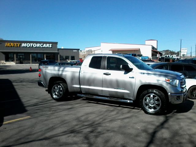 2017 Toyota Tundra 4x4 SR5 TSS  Off Road PKG 4X4 Boerne, Texas 0