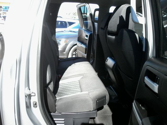 2017 Toyota Tundra 4x4 SR5 TSS PKG 4X4 Boerne, Texas 18