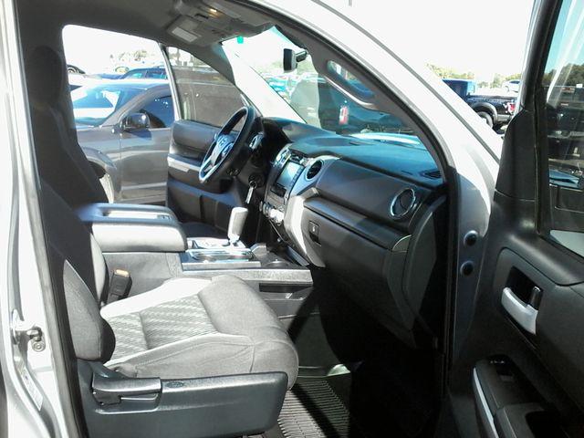 2017 Toyota Tundra 4x4 SR5 TSS PKG 4X4 Boerne, Texas 19
