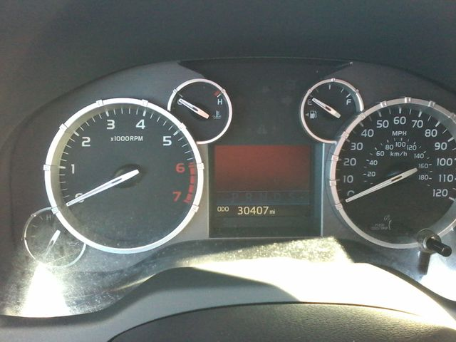 2017 Toyota Tundra 4x4 SR5 TSS  Off Road PKG 4X4 Boerne, Texas 26