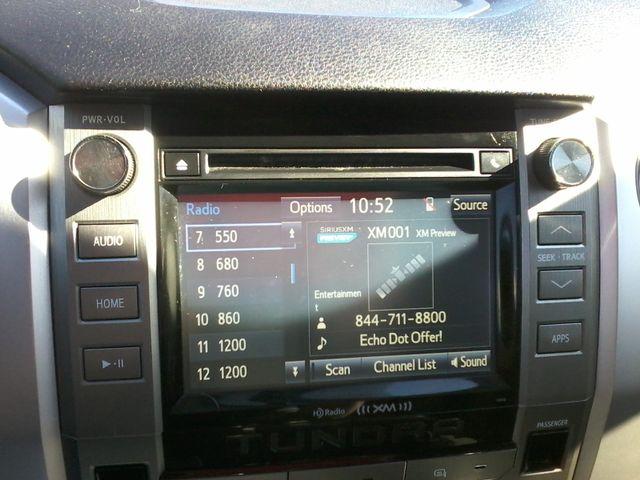 2017 Toyota Tundra 4x4 SR5 TSS  Off Road PKG 4X4 Boerne, Texas 28