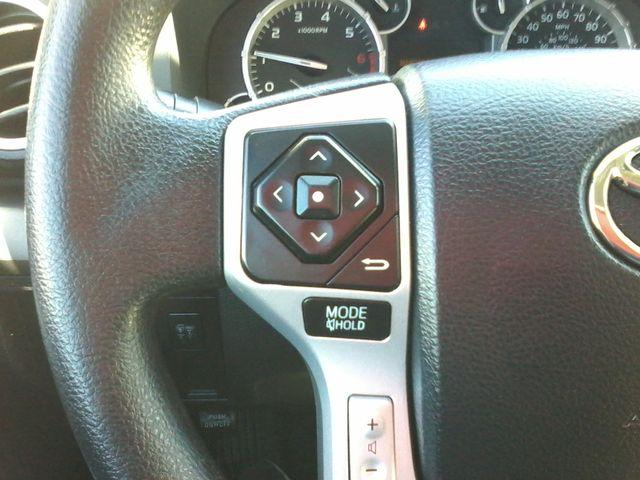 2017 Toyota Tundra 4x4 SR5 TSS  Off Road PKG 4X4 Boerne, Texas 24