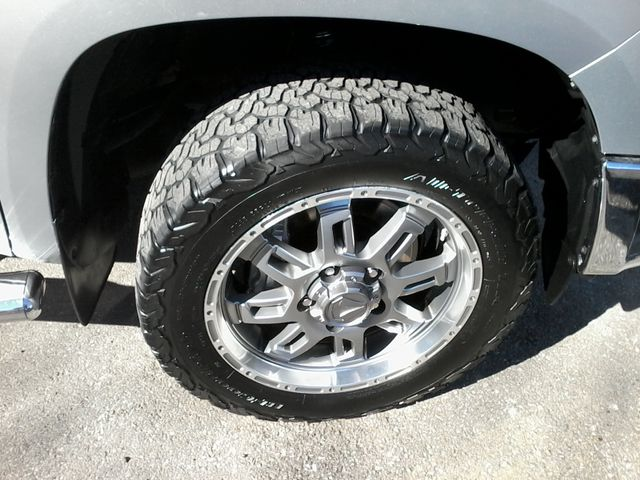 2017 Toyota Tundra 4x4 SR5 TSS  Off Road PKG 4X4 Boerne, Texas 39