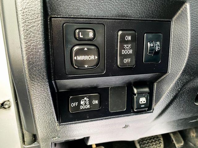 2017 Toyota Tundra SR5 Madison, NC 31