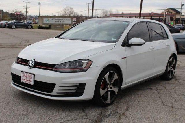 2017 Volkswagen Golf GTI SE St. Louis, Missouri 3