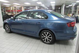 2017 Volkswagen Jetta 1.4T SE W/BACK UP CAM Chicago, Illinois 3