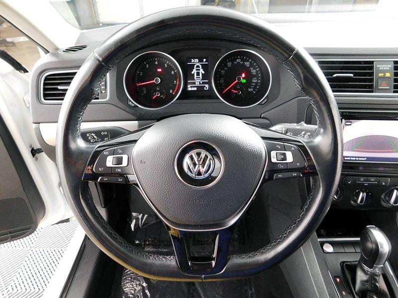 2017 Volkswagen Jetta 14T SE  city Ohio  North Coast Auto Mall of Cleveland  in Cleveland, Ohio