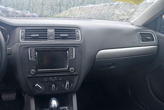 2017 Volkswagen Jetta 1.4T SE Naugatuck, Connecticut 12