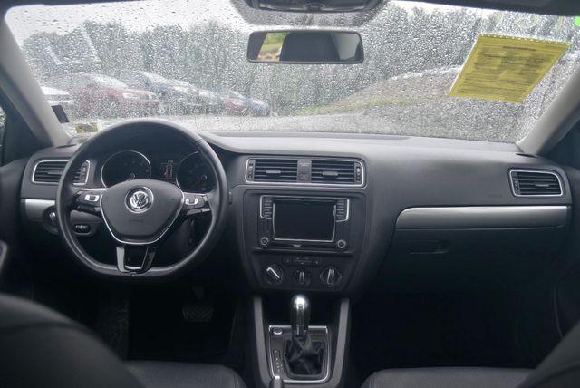 2017 Volkswagen Jetta 1.4T SE Naugatuck, Connecticut 8