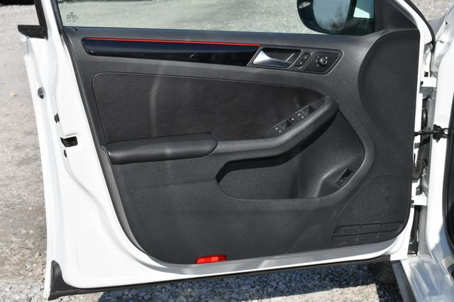 2017 Volkswagen Jetta GLI Naugatuck, Connecticut 12
