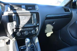 2017 Volkswagen Jetta 1.8T SEL Naugatuck, Connecticut 22