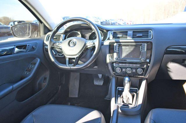 2017 Volkswagen Jetta 1.8T SEL Naugatuck, Connecticut 15
