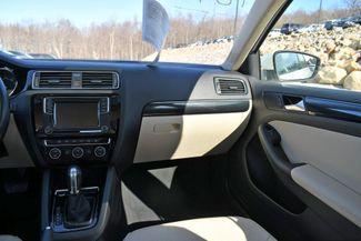 2017 Volkswagen Jetta 1.8T SEL Naugatuck, Connecticut 10