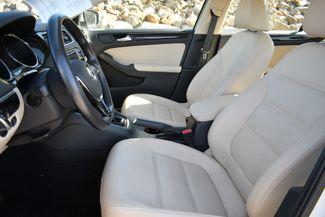 2017 Volkswagen Jetta 1.8T SEL Naugatuck, Connecticut 13