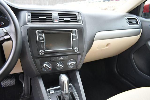2017 Volkswagen Jetta 1.4T SE Naugatuck, Connecticut 22
