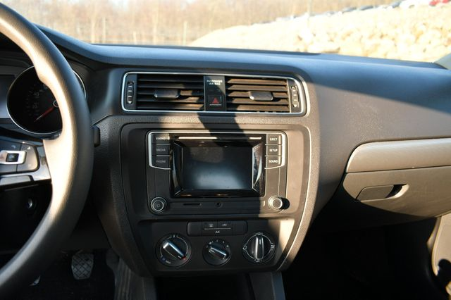 2017 Volkswagen Jetta 1.4T S Naugatuck, Connecticut 21