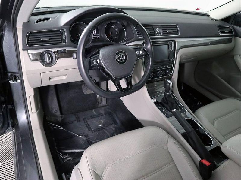 2017 Volkswagen Passat 18T SE  city Ohio  North Coast Auto Mall of Cleveland  in Cleveland, Ohio