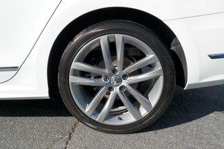 2017 Volkswagen Passat R-Line w/Comfort Pkg Hialeah, Florida 32