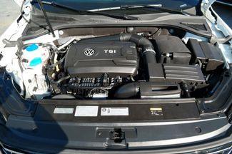 2017 Volkswagen Passat R-Line w/Comfort Pkg Hialeah, Florida 48
